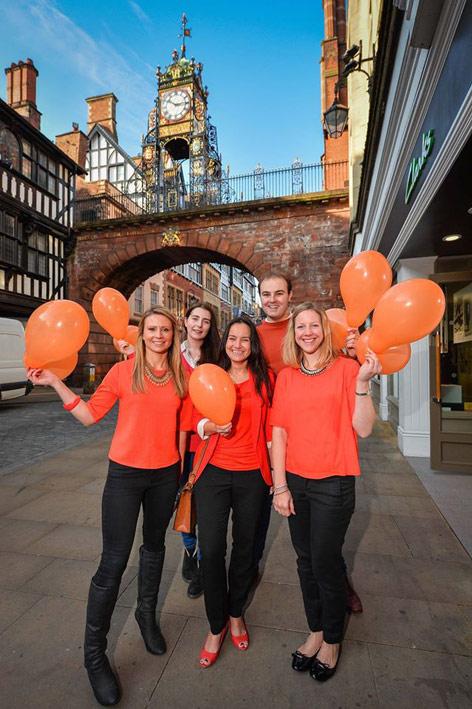 entyce-goes-orange-for-orangutans-Chester