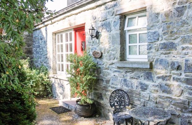 hogans cottages